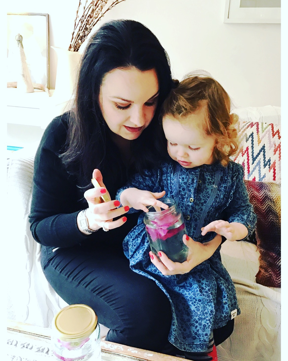 THE TOP TO TOE ROSE PETAL TEST WITH MAXI & MINI